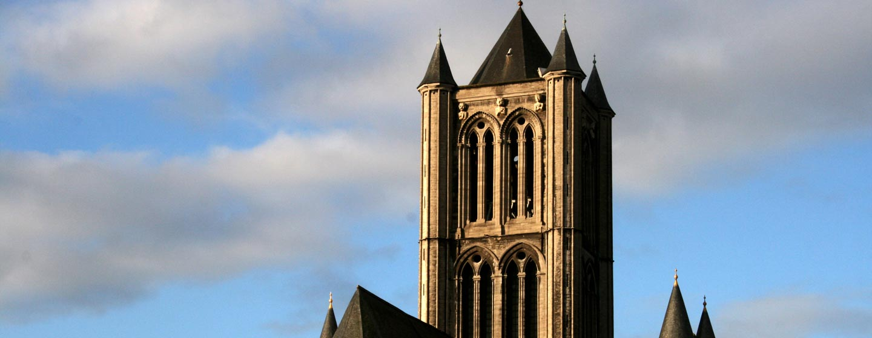 בלגיה - צריח כנסיה בעיר גנט