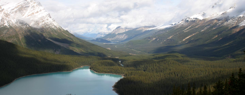 קנדה - אגם ברוקיס הקנדיים