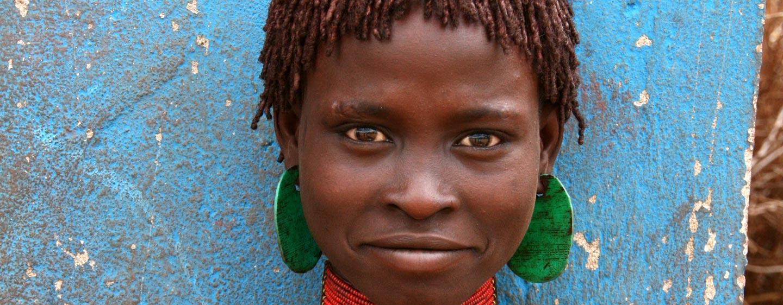 אתיופיה - נערה משבט האמר באגן נהר האומו הדרומי
