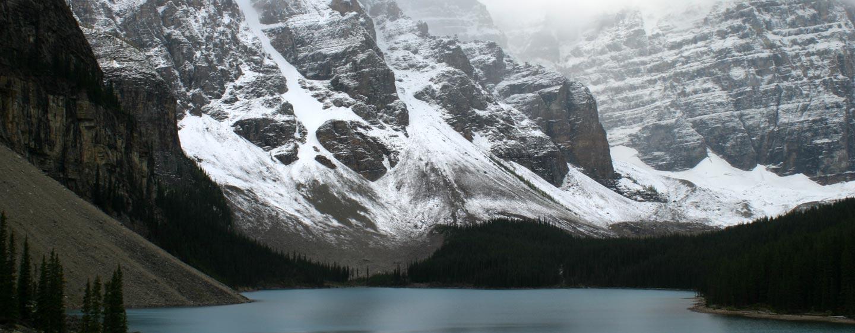 קנדה - אגם מוריין ברוקיס הקנדיים