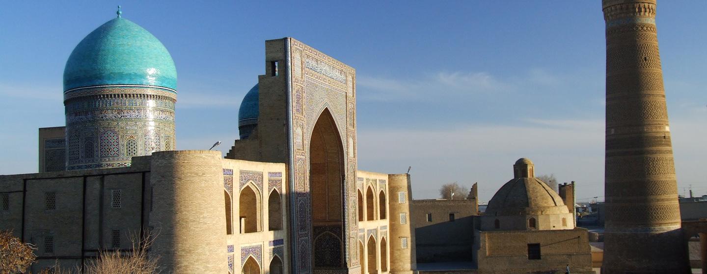 אוזבקיסטן - מסגדים בכיכר רג'יסטן בסמרקנד