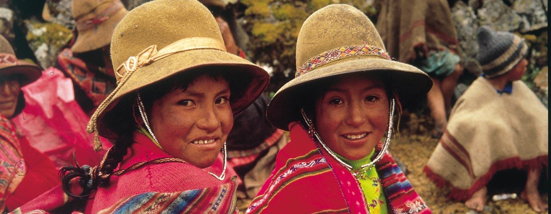 העמק הקדוש / פרו - נערות אינדיאניות