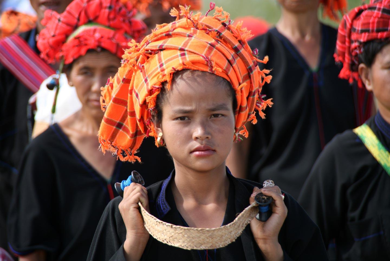 אשה משבט במדינת שאן, מיאנמר | בורמה