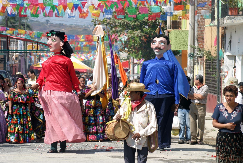 פיאסטה כפרית במקסיקו