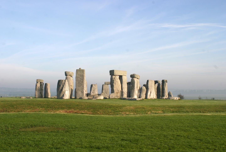 אתר הפולחן של סטונהנג', וילטשיר, בריטניה