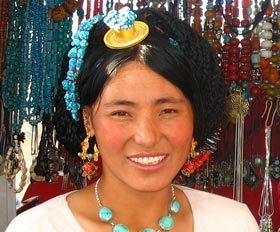 13 יום טיול לעומק התרבות הטיבטית וחגיגות פסטיבל שוטון בלהאסה