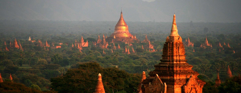 פגודות בנופי בגאן - בורמה עילית