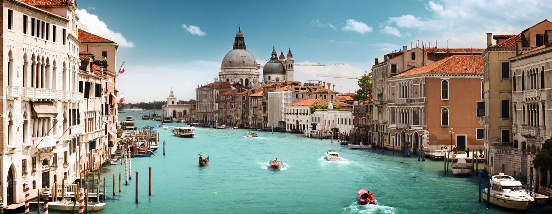 התעלה הגדולה ובזיליקת סנטה מריה דלה סאלוטה, ונציה, איטליה