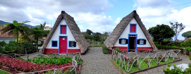 הבתים הייחודיים לעיירה סנטנה באי מדירה