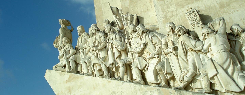פורטוגל - אנדרטת מגלי עולם בליסבון