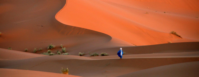 קדמת הסהרה במרוקו - דיונות חול במרזוגה