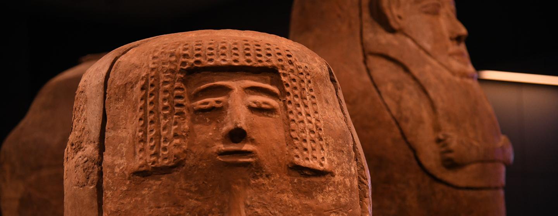 ארונות אנתרופואידים, דיר אל בלח, מוזיאון ישראל