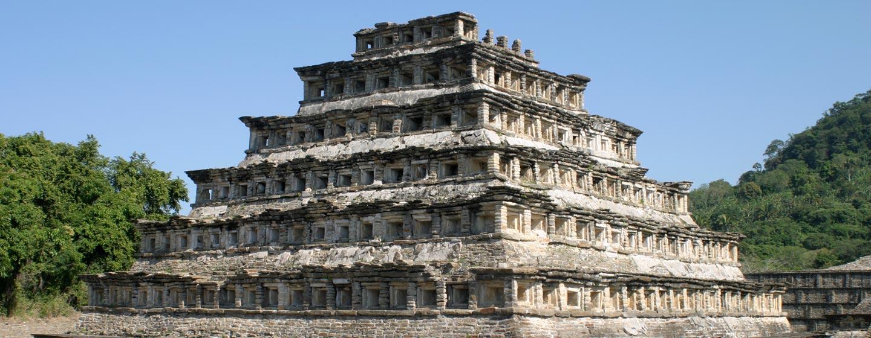 פירמידה מתרבויות מפרץ מקסיקו