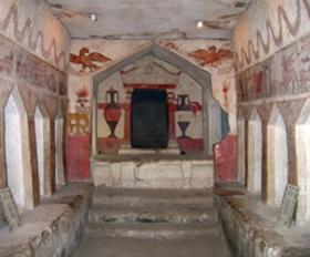 בין עיר תוססת מהתקופה ההלניסטית לאמפיתיאטרון שנותר בשלמותו