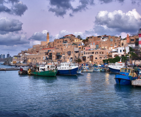 אתרים ייחודיים וסיפורים פחות מוכרים בעיר הנמל העתיקה